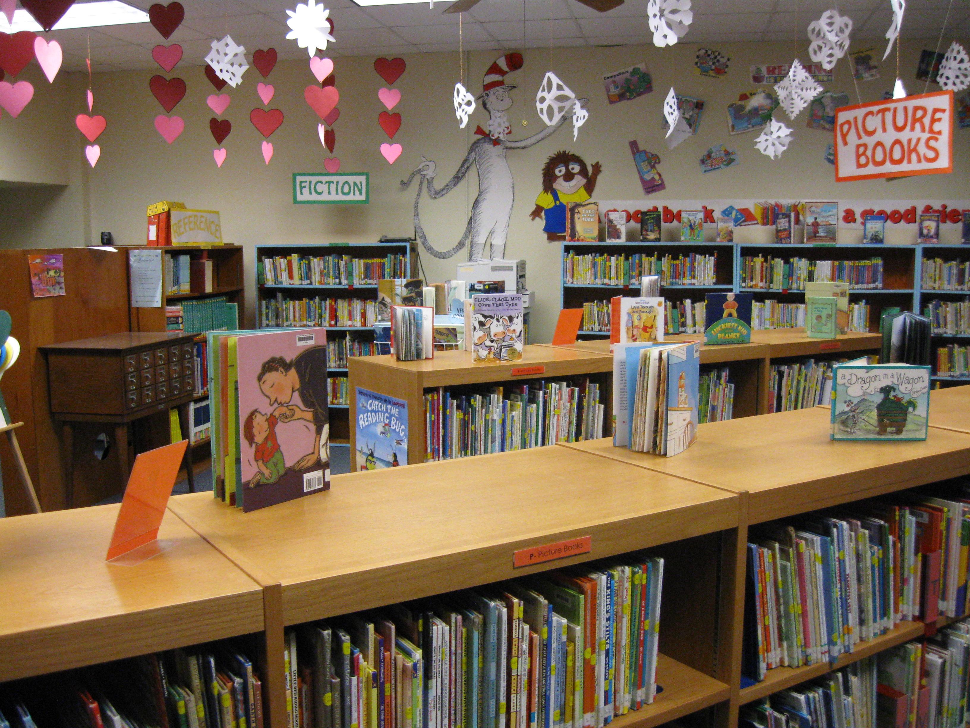 William Allen White Elementary School Library Esu Scala